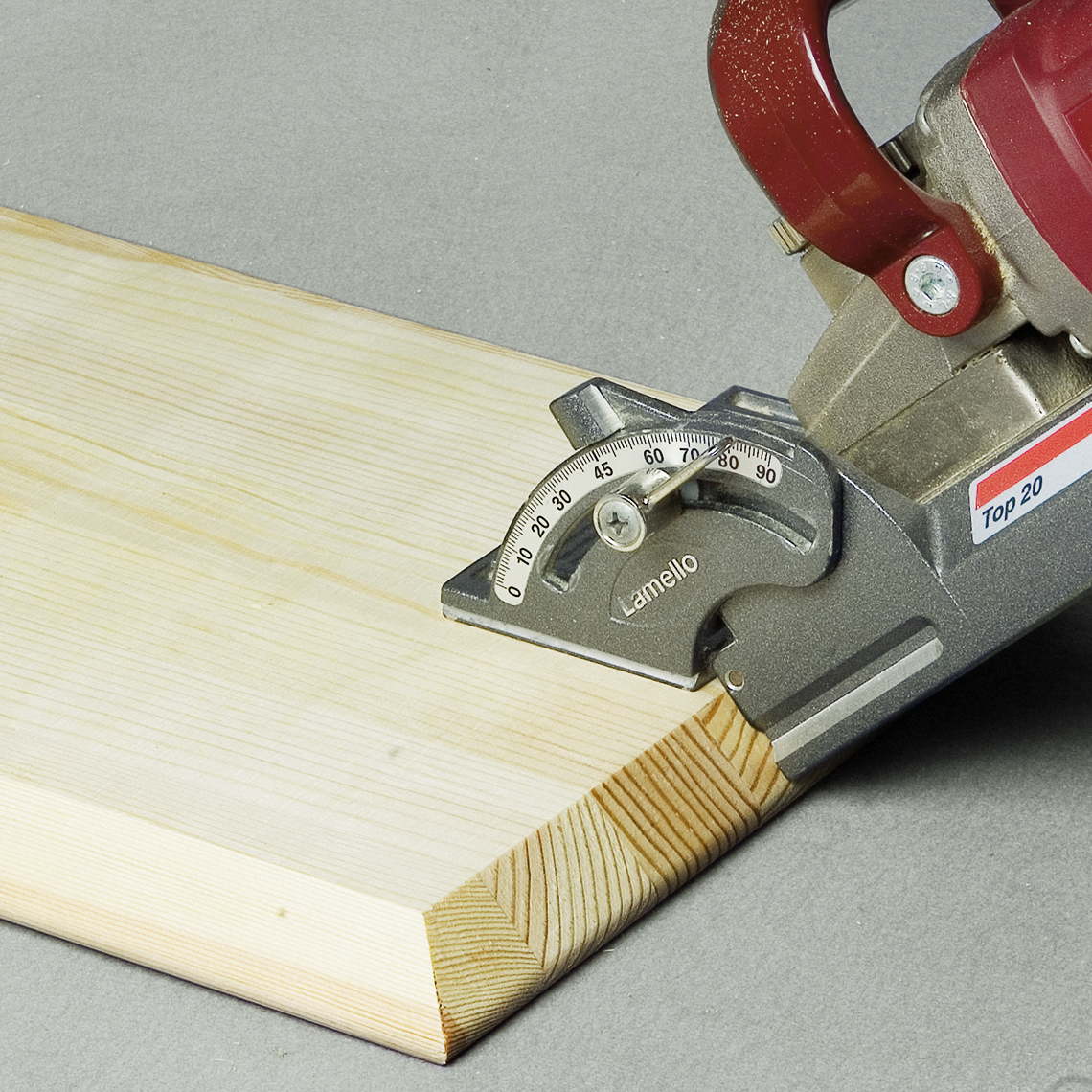 Cutting slot for KNAPP biscuit