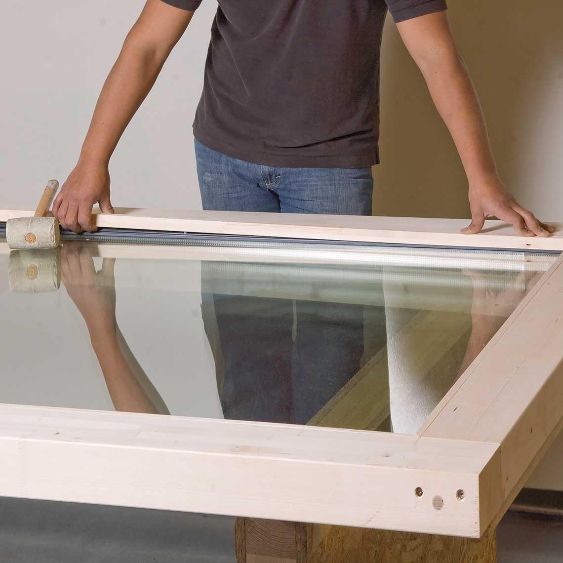 Fixclip profile for glazing