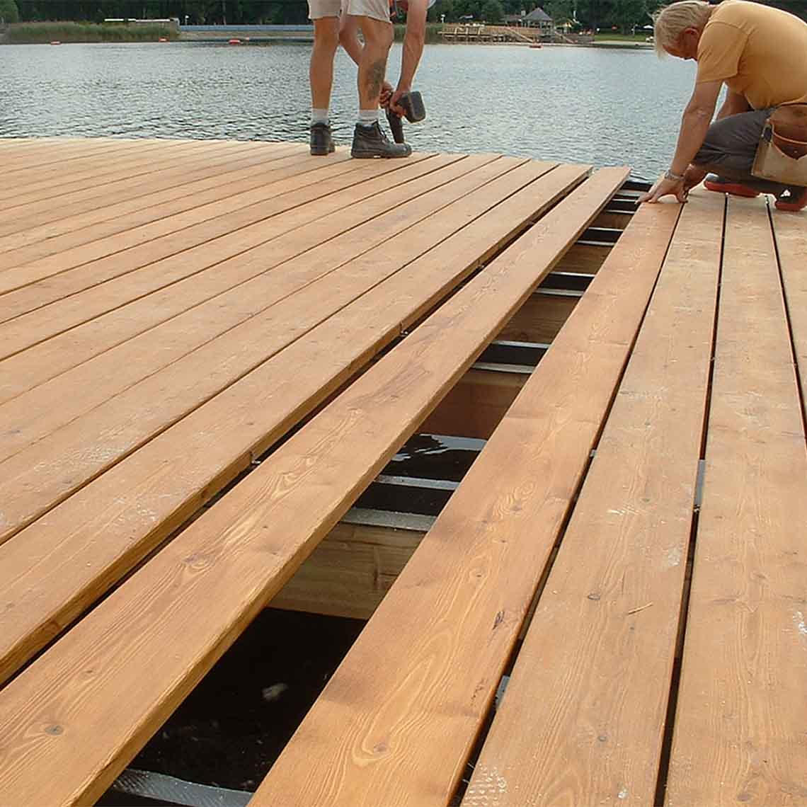 Z-deck decking fasteners installation